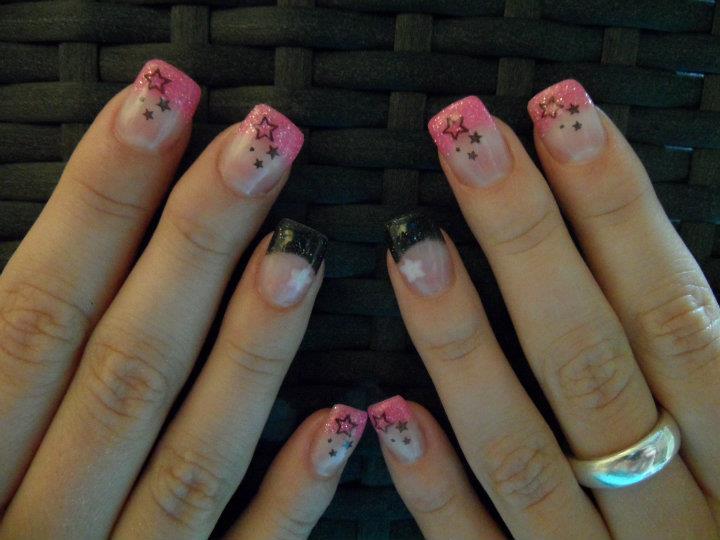 Fingernägel mit Sternen Motiven