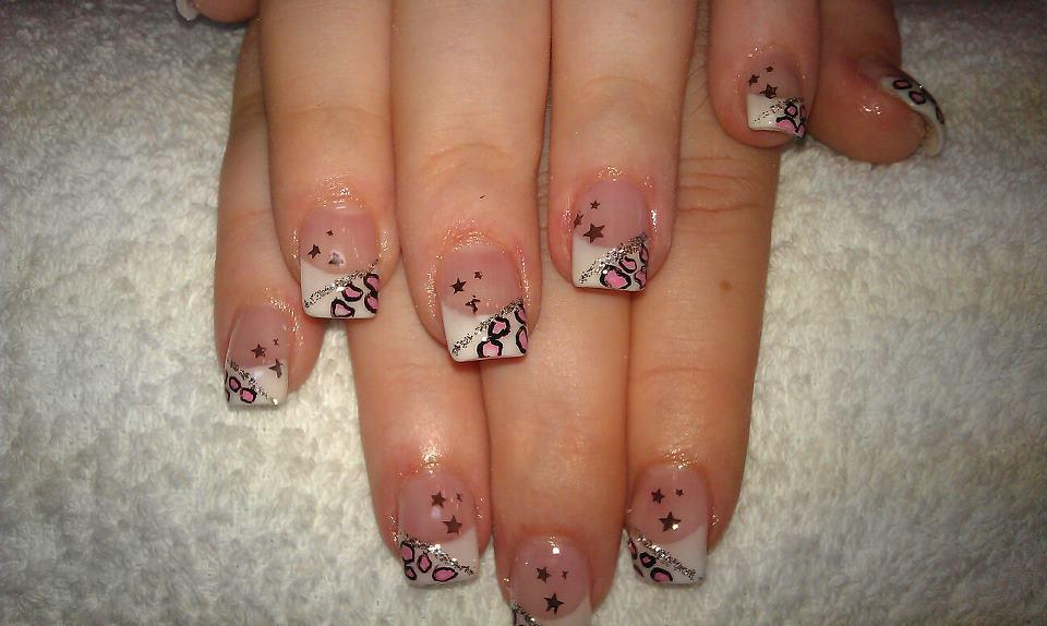 Motiv Sterne für Fingernägel machen