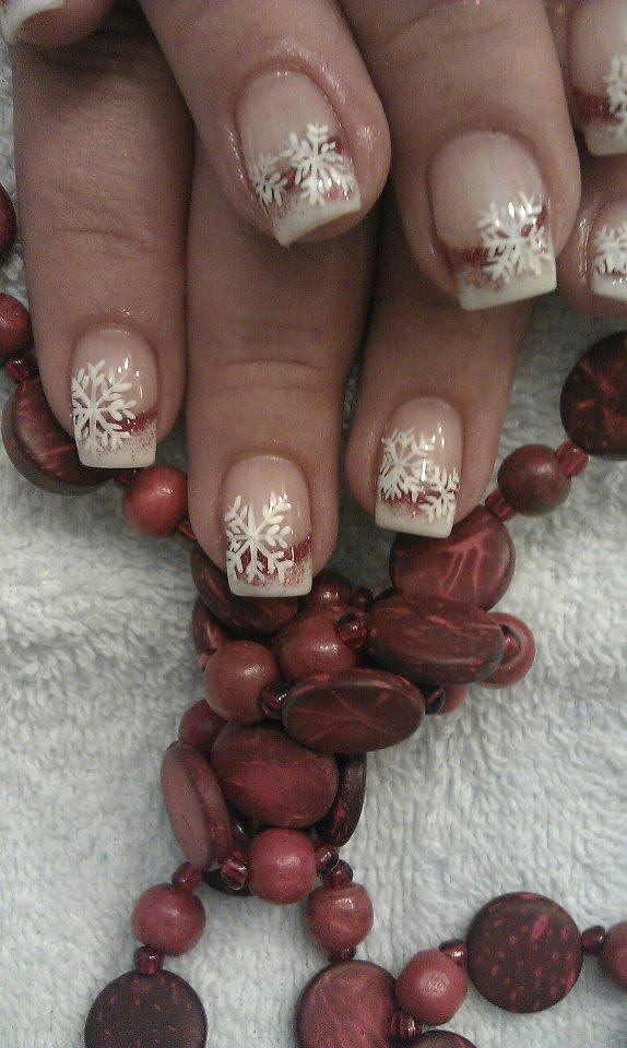 Schneeflocken Fingernägel