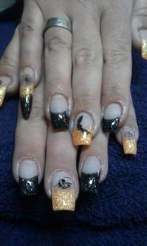 gruselige Acrylfingernägel